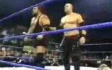 undertaker salva rey misterio e attakka kane e big show ma interviene randy orton ke lo mette ko