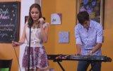 Violetta - Violetta Piewa W Kawiarni En Mi Mundo. Odcinek 19. Ogldaj W Disney Channel! view on izlesene.com tube online.