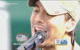 Enrique Iglesias - Hero & I'm A Freak (Canlı Performans)