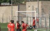 Valencia'da İmkansız Gol Denemesi