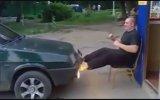 Arabayla Güç Gösterisi Yapan Adam