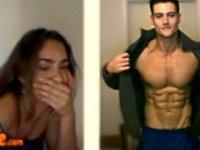 Kaslı Erkekleri Gören Kadınların Tepkileri