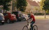 Bisikletli Çocuk Fragman